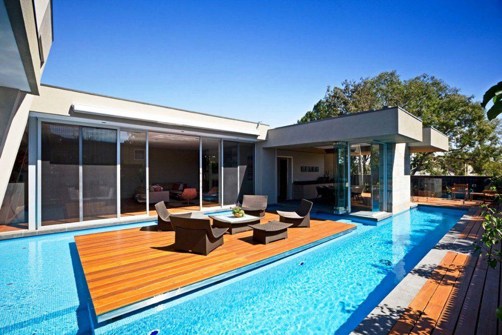 Потрясающий бетонный бассейн