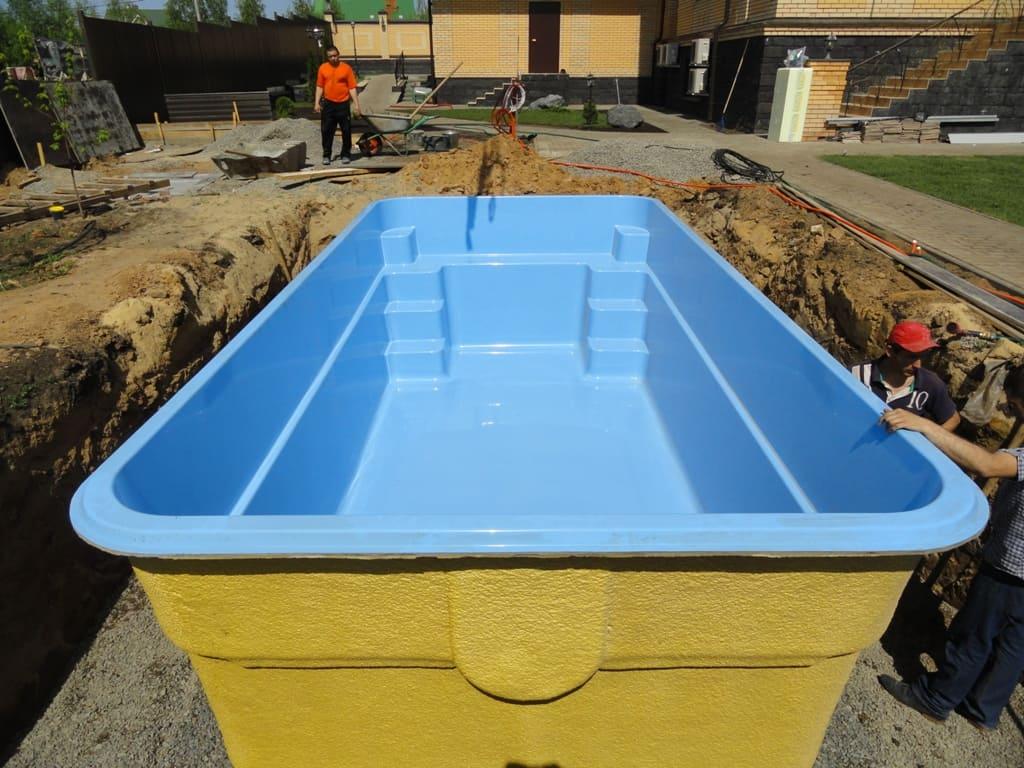Бассейн из стеклопластика Эри - цена 501000 руб.