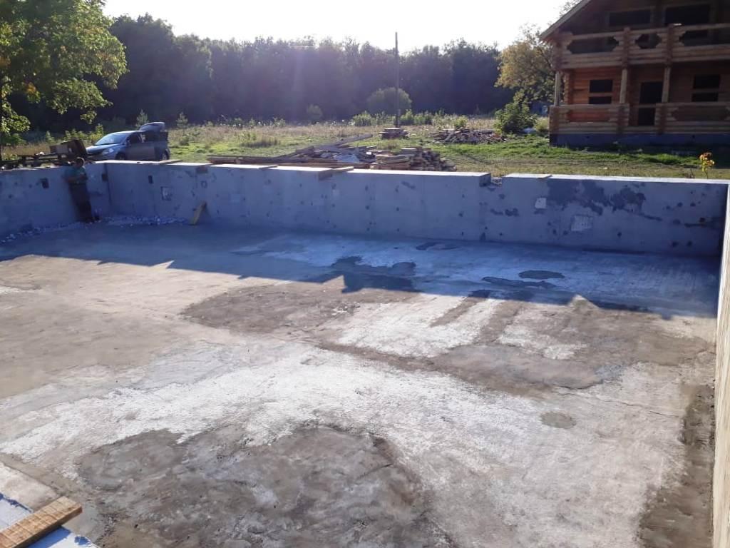Скиммерный бетонный бассейн 10х15