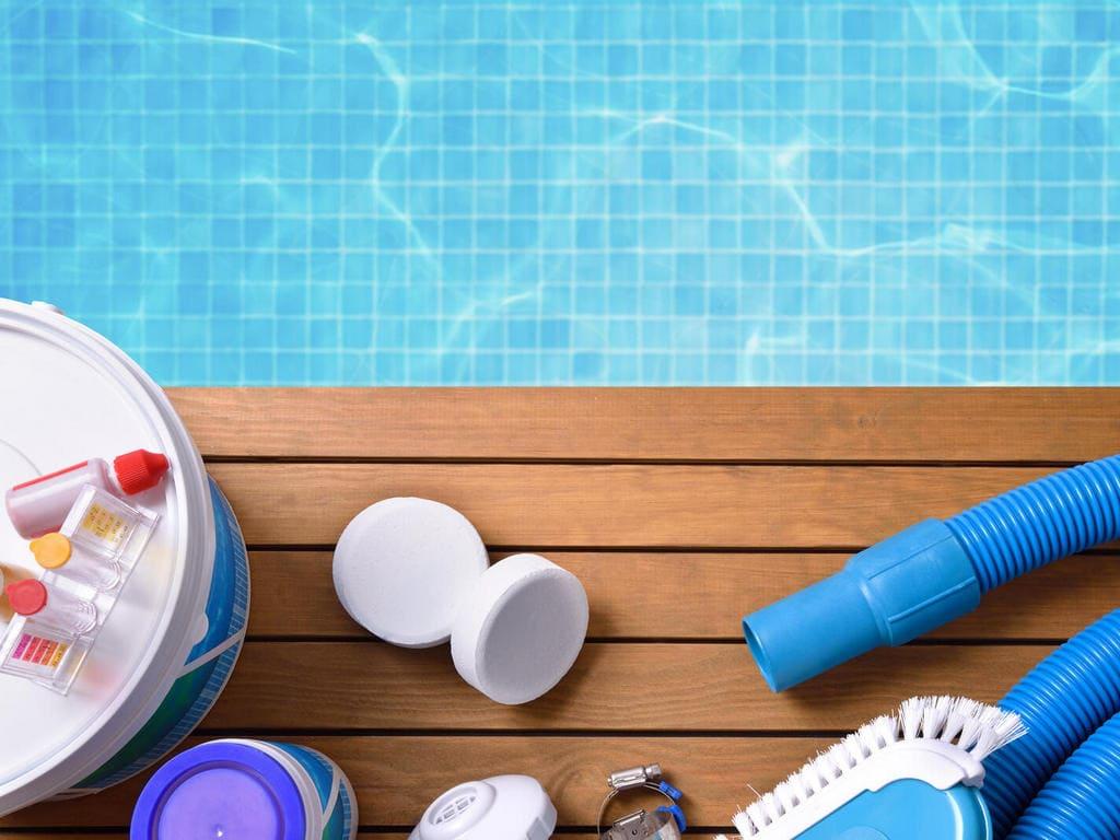 Набор средств для ухода за бассейном
