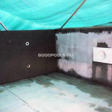 Нанесение базового штукатурного слоя на бассейн из несъемной опалубки из пенополистирола